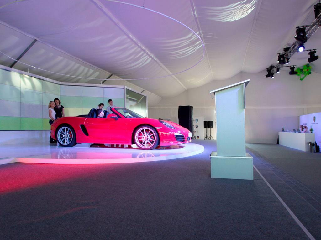 """Презентация исторических гоночных автомобилей """"Porsche"""""""