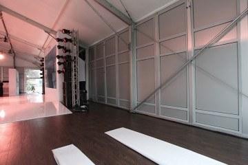 Алюминиевые стеновые панели высотой 4 м – BIG TENT SERIES