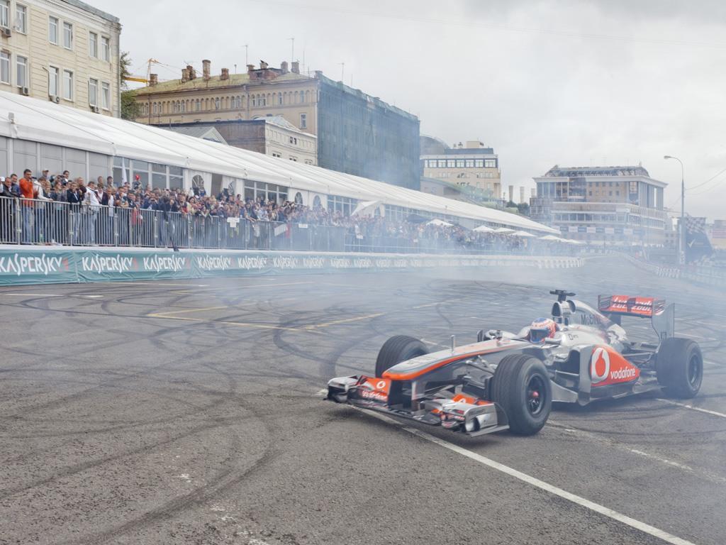 Автоспортивное шоу «MOSCOW CITY RACING 2013»