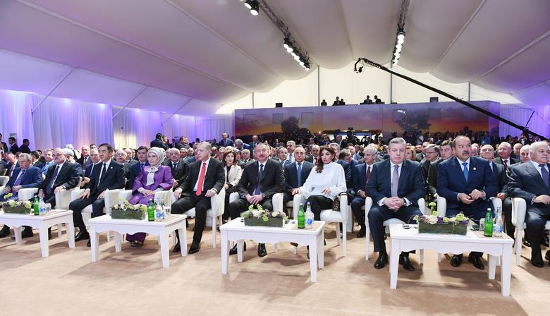 Баку, торжественная церемония запуска магистрали