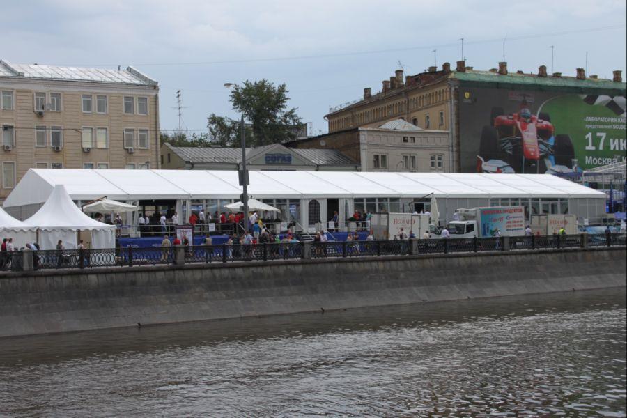 """Автоспортивное шоу """"Moscow City Racing 2011"""""""